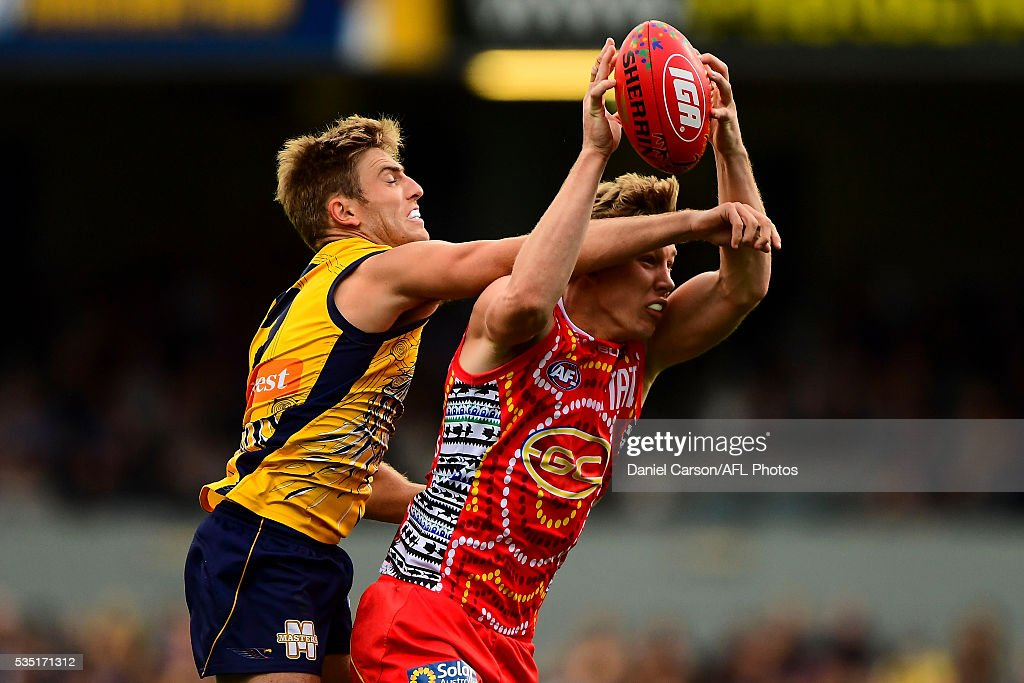 Brad Sheppard of the Eagles attempts to spoil Tom Lynch of the Suns during the 2016 AFL Round 10 match between the West Coast Eagles and the Gold Coast Suns at Domain Stadium on May 29, 2016 in Perth, Australia.