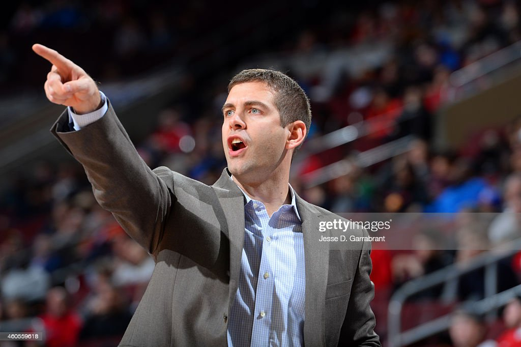 <a gi-track='captionPersonalityLinkClicked' href=/galleries/search?phrase=Brad+Stevens&family=editorial&specificpeople=5022542 ng-click='$event.stopPropagation()'>Brad Stevens</a> of the Boston Celtics calls out a play during the game against the Philadelphia 76ers on December 15, 2014 at Wells Fargo Center in Philadelphia, PA.