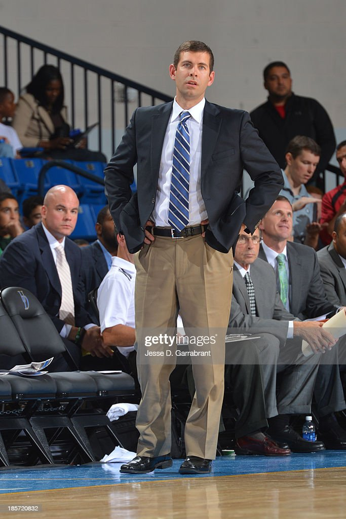 <a gi-track='captionPersonalityLinkClicked' href=/galleries/search?phrase=Brad+Stevens&family=editorial&specificpeople=5022542 ng-click='$event.stopPropagation()'>Brad Stevens</a> of the Boston Celtics coaches against the Philadelphia 76ers at the Bob Carpenter Center on October 11, 2013 in Newark, Delaware.