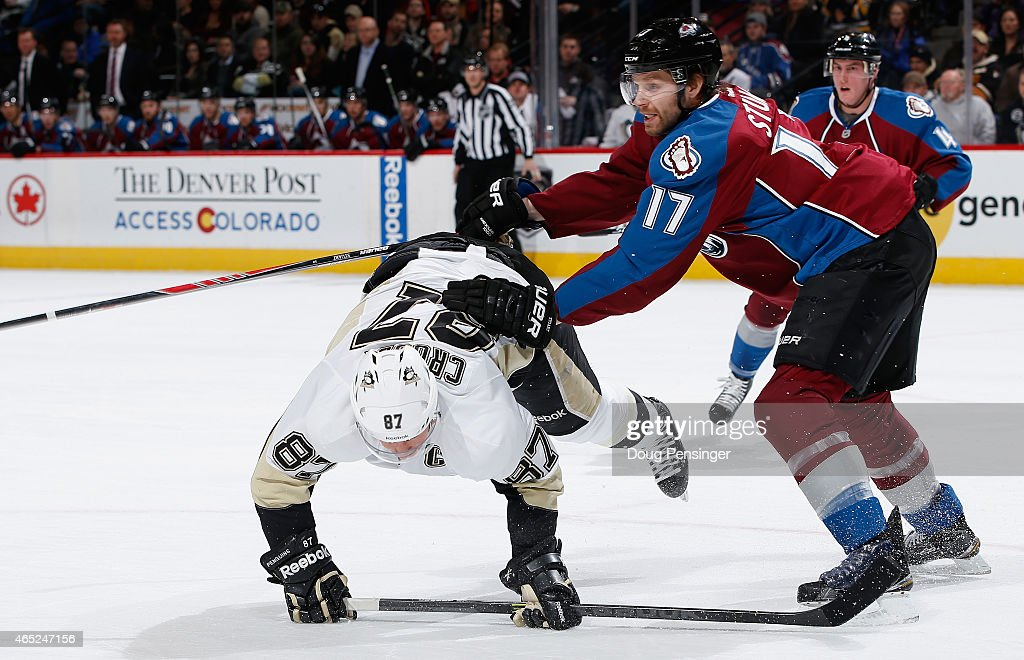 Pittsburgh Penguins v Colorado Avalanche