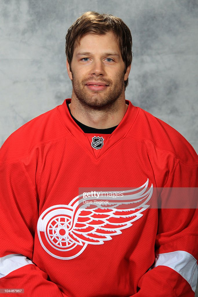 Brad Stuart #23 of the Detroit Red Wings poses for his official headshot for the 2010-2011 NHL season at Centre Ice Arena on September 17, 2010 in Traverse City, Michigan.