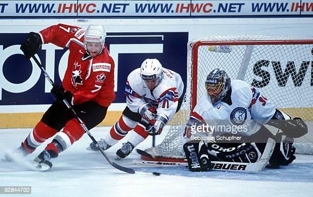 WM 2001 Hannover NORWEGEN KANADA 05 Brad STUART/KANADA Stig VESTERHEIM TORWART Bjorge JOSEFSEN/NORWEGEN