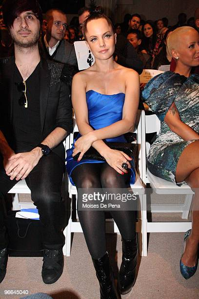 Brad Walsh Mena Suvari and Amber Rose attend Christian Siriano Fall 2010 during MercedesBenz Fashion Week at Bryant Park on February 12 2010 in New...