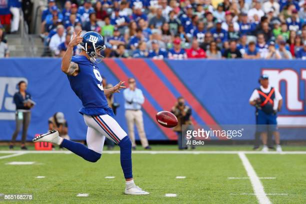 Brad Wing of the New York Giants punts the ball against the Seattle Seahawks during the first quarter of the game at MetLife Stadium on October 22...