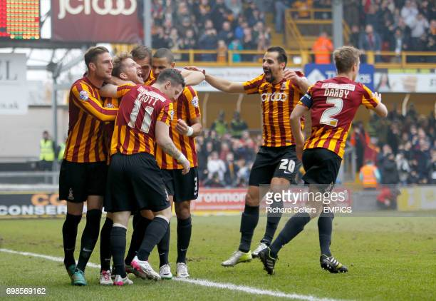 Bradford City's Billy Clarke 2nd left celebrates with the Bradford team after scoring his opener