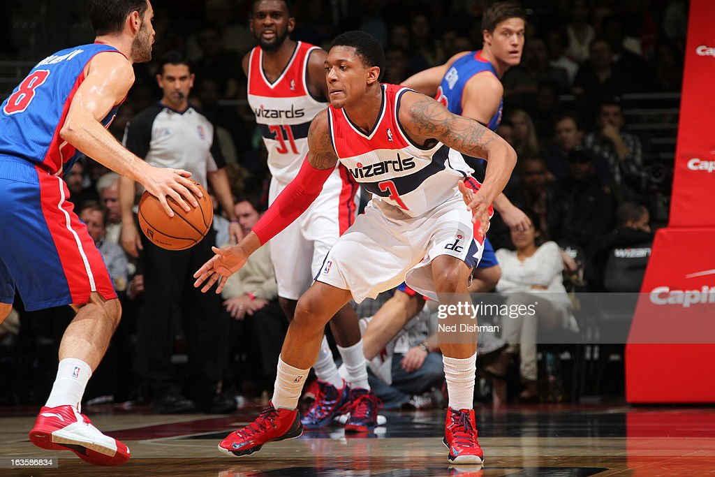 <a gi-track='captionPersonalityLinkClicked' href=/galleries/search?phrase=Bradley+Beal&family=editorial&specificpeople=7640439 ng-click='$event.stopPropagation()'>Bradley Beal</a> #3 of the Washington Wizards defends against <a gi-track='captionPersonalityLinkClicked' href=/galleries/search?phrase=Jose+Calderon&family=editorial&specificpeople=548297 ng-click='$event.stopPropagation()'>Jose Calderon</a> #8 of the Detroit Pistons at the Verizon Center on February 27, 2013 in Washington, DC.