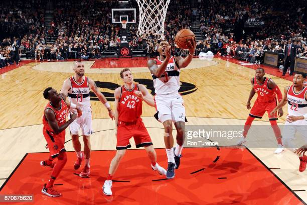 Bradley Beal of the Washington Wizards drives to the basket against the Toronto Raptors on November 5 2017 at the Air Canada Centre in Toronto...