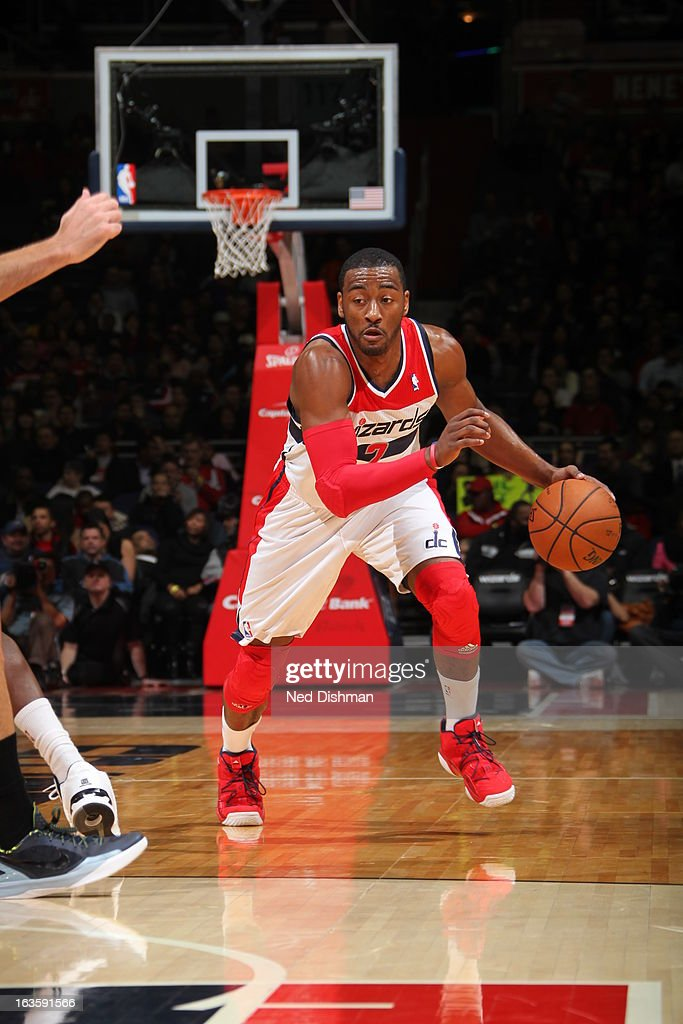 <a gi-track='captionPersonalityLinkClicked' href=/galleries/search?phrase=Bradley+Beal&family=editorial&specificpeople=7640439 ng-click='$event.stopPropagation()'>Bradley Beal</a> #3 of the Washington Wizards drives up the floor against the Houston Rockets during the game at the Verizon Center on February 23, 2013 in Washington, DC.