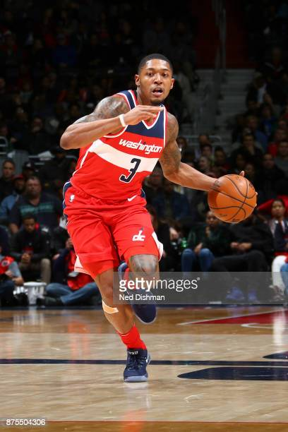 Bradley Beal of the Washington Wizards handles the ball against the Miami Heat on November 17 2017 at Capital One Arena in Washington DC NOTE TO USER...