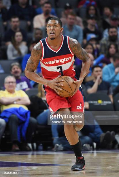 Bradley Beal of the Washington Wizards passes the ball up court against the Sacramento Kings during an NBA basketball game at Golden 1 Center on...