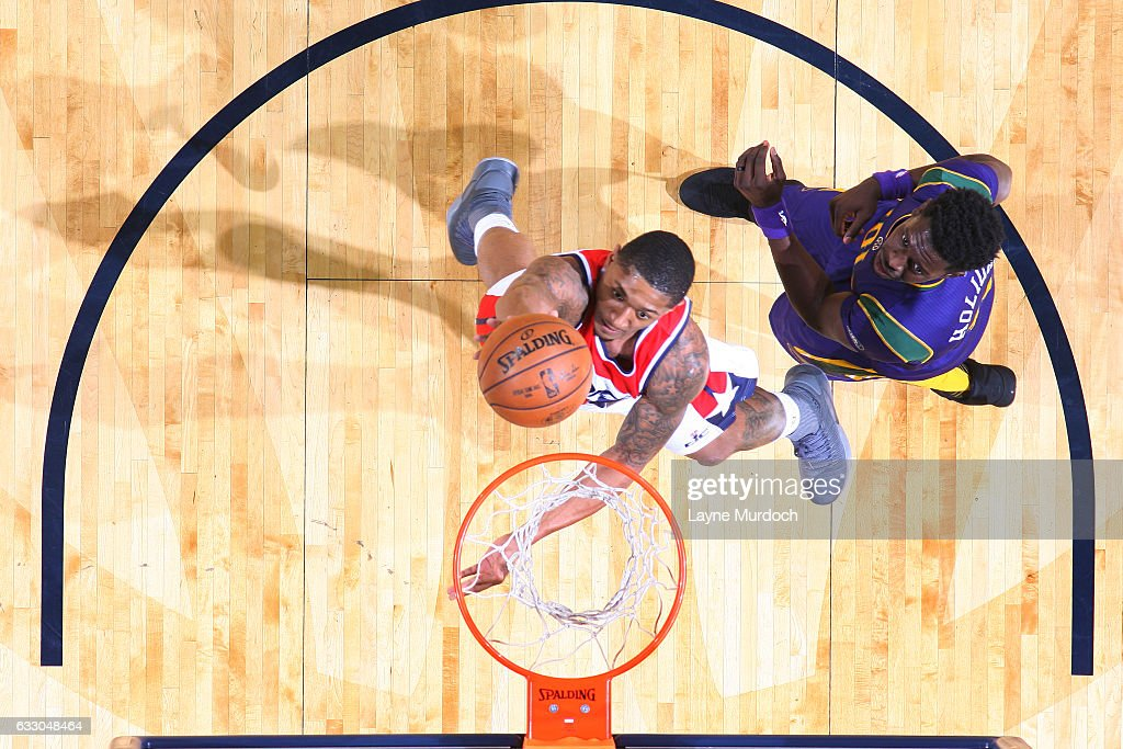 Bradley Beal #3 of the Washington Wizards shoots the ball against the New Orleans Pelicans during the game on January 29, 2017 at Smoothie King Center in New Orleans, Louisiana.