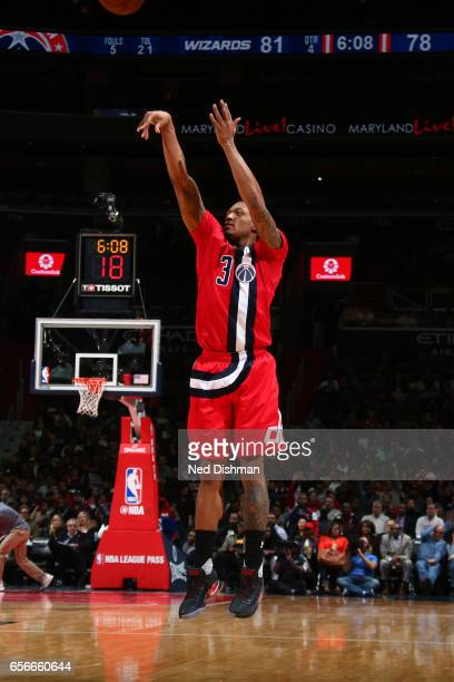 Bradley Beal of the Washington Wizards shoots the ball against the Atlanta Hawks on March 22 2017 at Verizon Center in Washington DC NOTE TO USER...