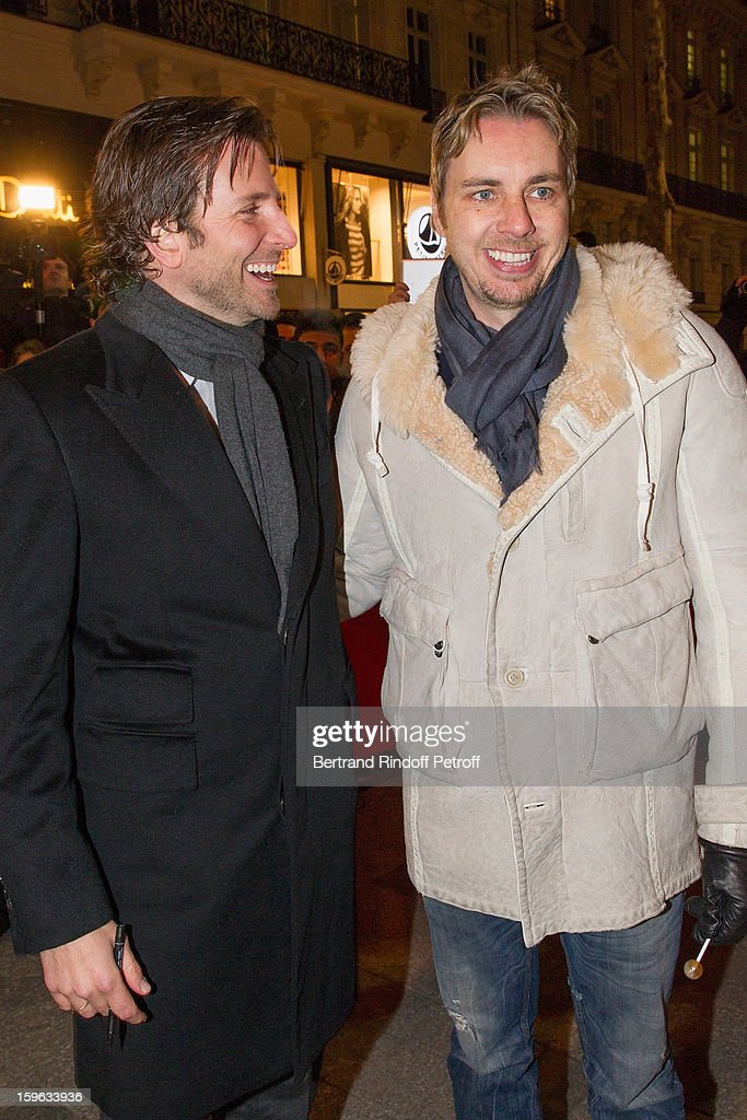 <a gi-track='captionPersonalityLinkClicked' href=/galleries/search?phrase=Bradley+Cooper&family=editorial&specificpeople=680224 ng-click='$event.stopPropagation()'>Bradley Cooper</a> (L) and <a gi-track='captionPersonalityLinkClicked' href=/galleries/search?phrase=Dax+Shepard&family=editorial&specificpeople=810830 ng-click='$event.stopPropagation()'>Dax Shepard</a> attend the premiere of 'Happiness Therapy' (Silver Linings Playbook) at Cinema UGC Normandie on January 17, 2013 in Paris, France.