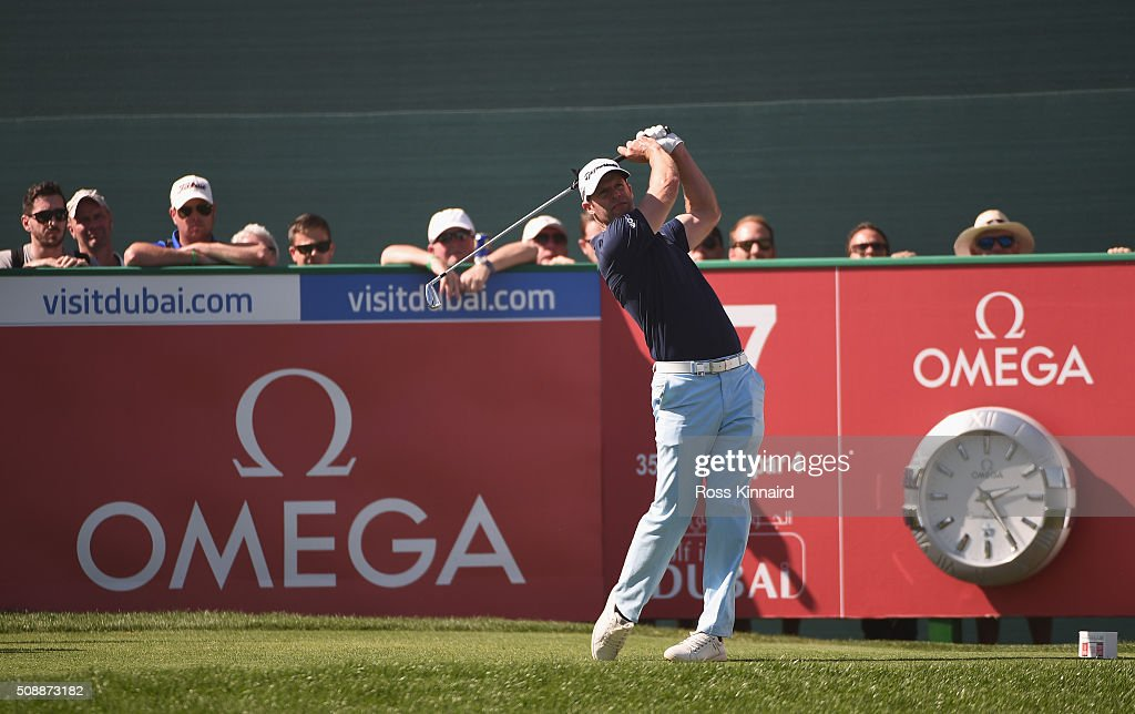 <a gi-track='captionPersonalityLinkClicked' href=/galleries/search?phrase=Bradley+Dredge&family=editorial&specificpeople=204308 ng-click='$event.stopPropagation()'>Bradley Dredge</a> of Wales hits his tee shot on the 17th hole during the final round of the Omega Dubai Desert Classic at the Emirates Golf Club on February 7, 2016 in Dubai, United Arab Emirates.