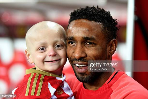 Bradley Lowrey and Jermain Defoe of Sunderland have a photograph together pre match during the Premier League match between Sunderland and Chelsea at...