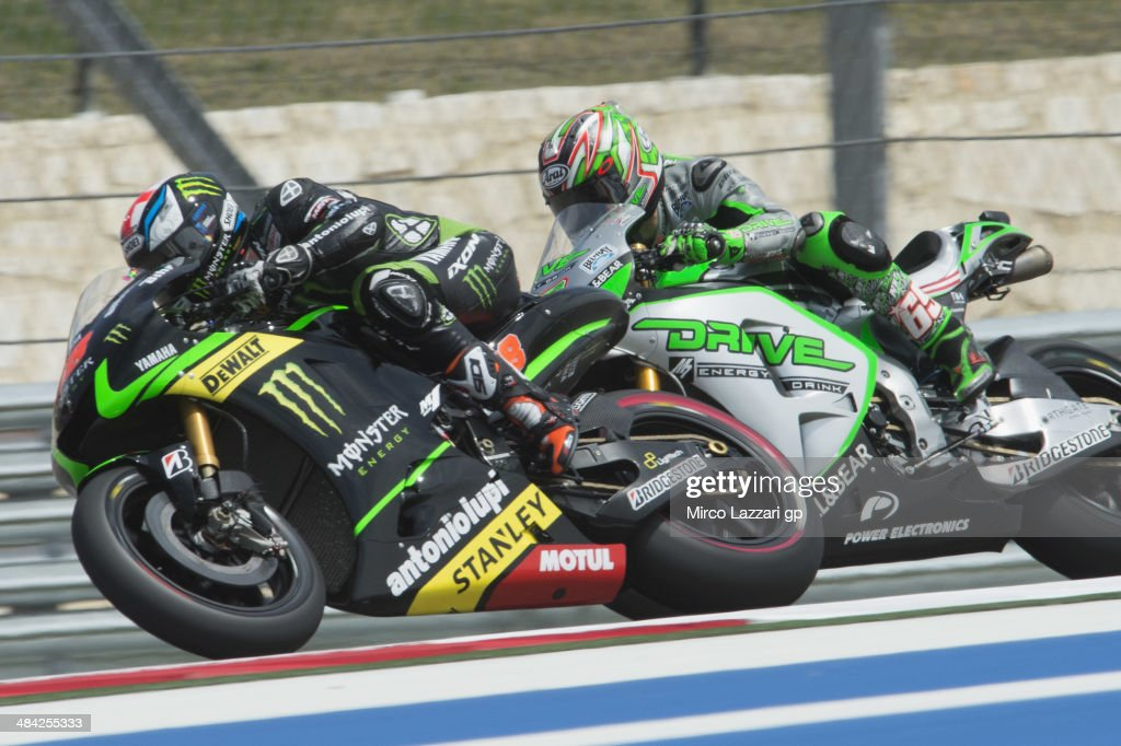 Bradley Smith of Great Britain and Monster Yamaha Tech 3 leads <a gi-track='captionPersonalityLinkClicked' href=/galleries/search?phrase=Nicky+Hayden+-+Piloto+de+motociclismo&family=editorial&specificpeople=227346 ng-click='$event.stopPropagation()'>Nicky Hayden</a> of USA and Drive M7 Aspar during the MotoGp Red Bull U.S. Grand Prix of The Americas - Free Practice at Circuit of The Americas on April 11, 2014 in Austin, Texas.