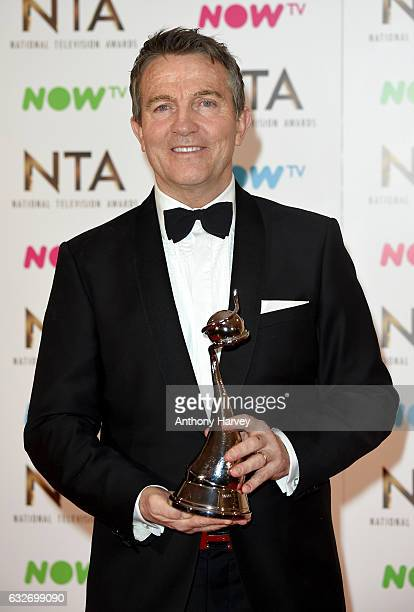 Bradley Walsh poses in the winners room with the Best Daytime Award for The Chase at the National Television Awards at The O2 Arena on January 25...