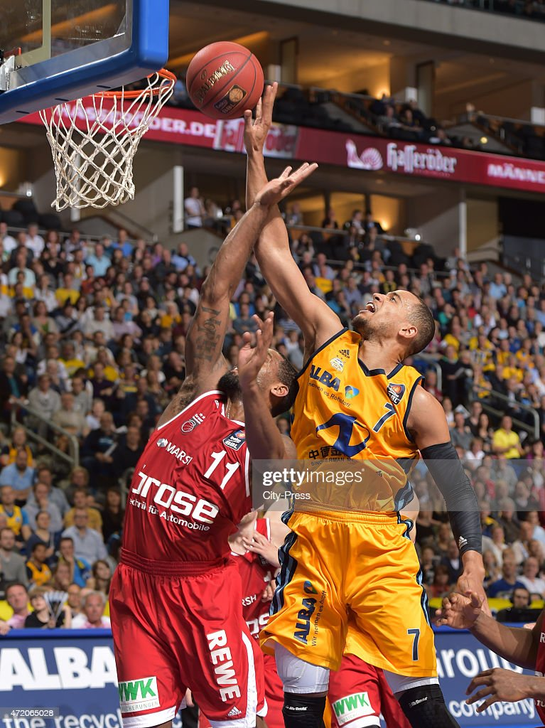 Bradley Wanamaker of the Brose Baskets Bamberg and Alex King of ALBA Berlin during the game between Alba Berlin and Brose Baskets Bamberg on may 3...