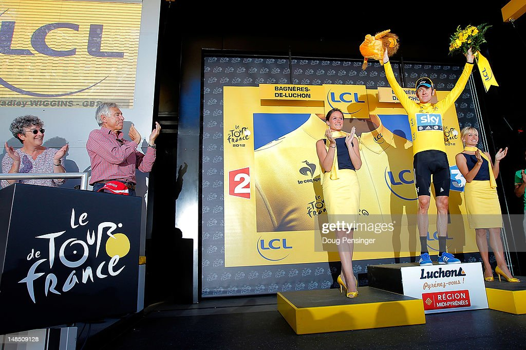 <a gi-track='captionPersonalityLinkClicked' href=/galleries/search?phrase=Bradley+Wiggins&family=editorial&specificpeople=182490 ng-click='$event.stopPropagation()'>Bradley Wiggins</a> of Great Britain riding for Sky Procycling takes the podium after defending the race leader's yellow jersey during stage sixteen of the 2012 Tour de France from Pau to Bagneres-de-Luchon on July 18, 2012 in Bagneres-de-Luchon, France.