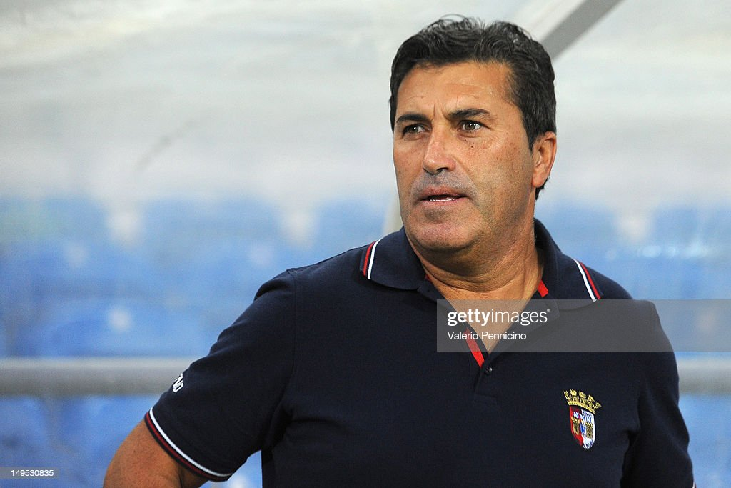 SC Braga head coach <a gi-track='captionPersonalityLinkClicked' href=/galleries/search?phrase=Jose+Peseiro&family=editorial&specificpeople=2204654 ng-click='$event.stopPropagation()'>Jose Peseiro</a> looks on prior a pre-Season friendly match between Newcastle United and SC Braga on July 28, 2012 in Faro, Portugal.