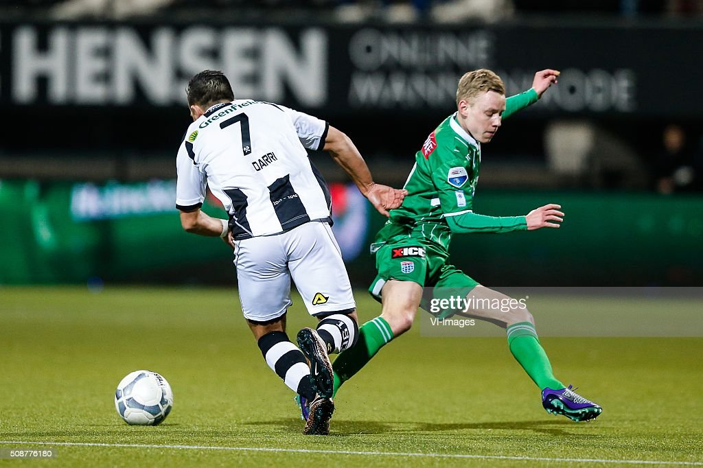 Brahim Darri of Heracles Almelo, Rick Dekker of PEC Zwolle during the Dutch Eredivisie match between Heracles Almelo and PEC Zwolle at Polman stadium on February 06, 2016 in Almelo, The Netherlands