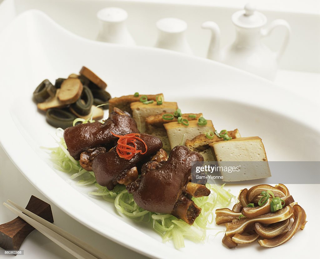 Braised pig knuckle with tofu : Stock Photo