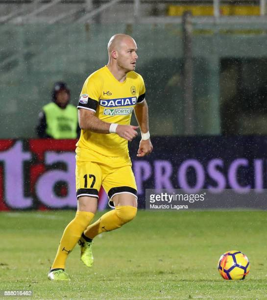Bram Nuytinck of Udinese during the Serie A match between FC Crotone and Udinese Calcio at Stadio Comunale Ezio Scida on December 4 2017 in Crotone...
