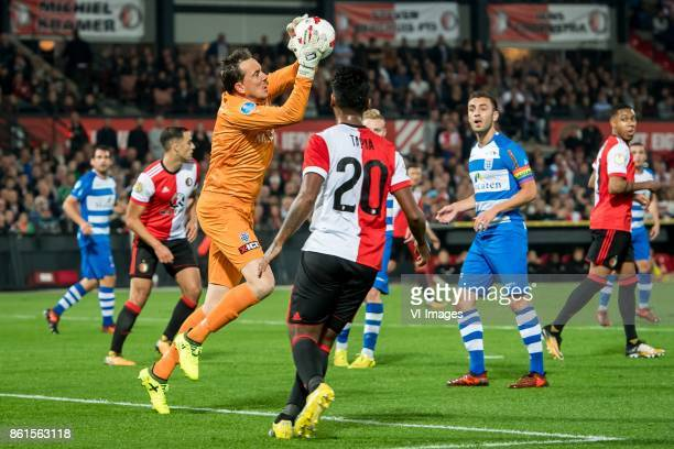 Bram van Polen of PEC Zwolle Renato Tapia of Feyenoord during the Dutch Eredivisie match between Feyenoord Rotterdam and PEC Zwolle at the Kuip on...