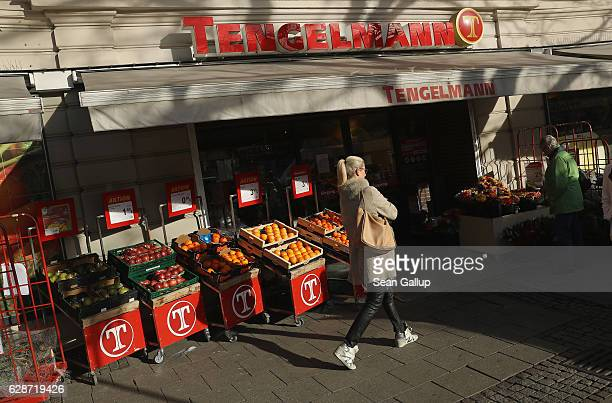 A branch of German grocery chain Kaiser's Tengelmann stands on December 9 2016 in Munich Germany Competitiors Rewe and Edeka recently signed a deal...
