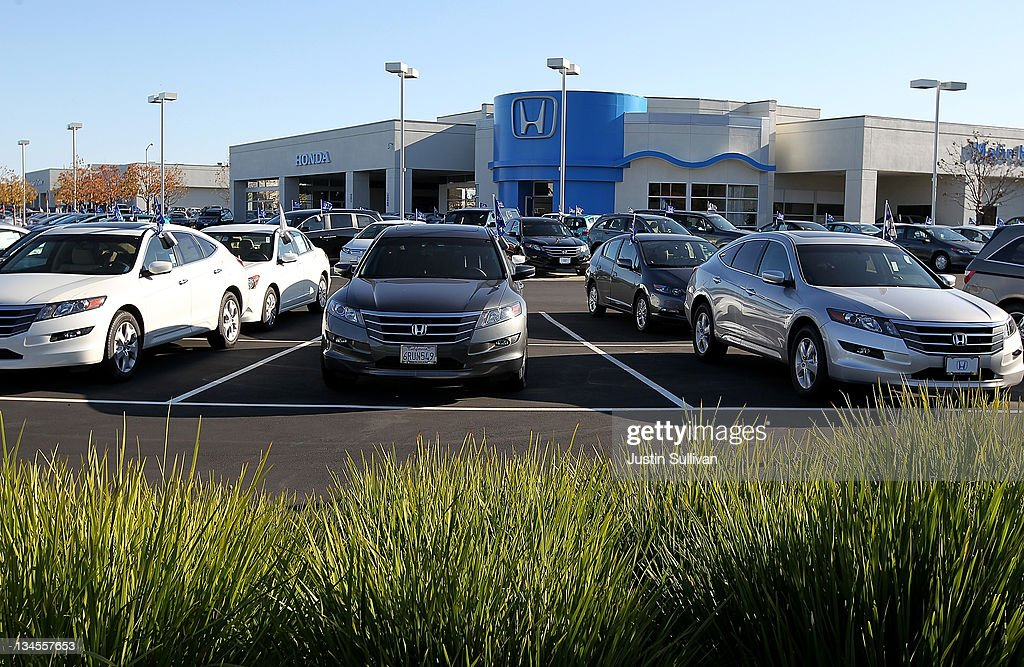 Brand new Honda cars are displayed on the sales lot at Marin Honda on December 2, 2011 in San Rafael, California. Honda Motor Co. announced today that they are recalling 304,000 vehicles around the globe for a possible airbag malfunction in Accord, Civic, Odyssey, Pilot, CR-V and other models that were manufactured between 2001 and 2002.