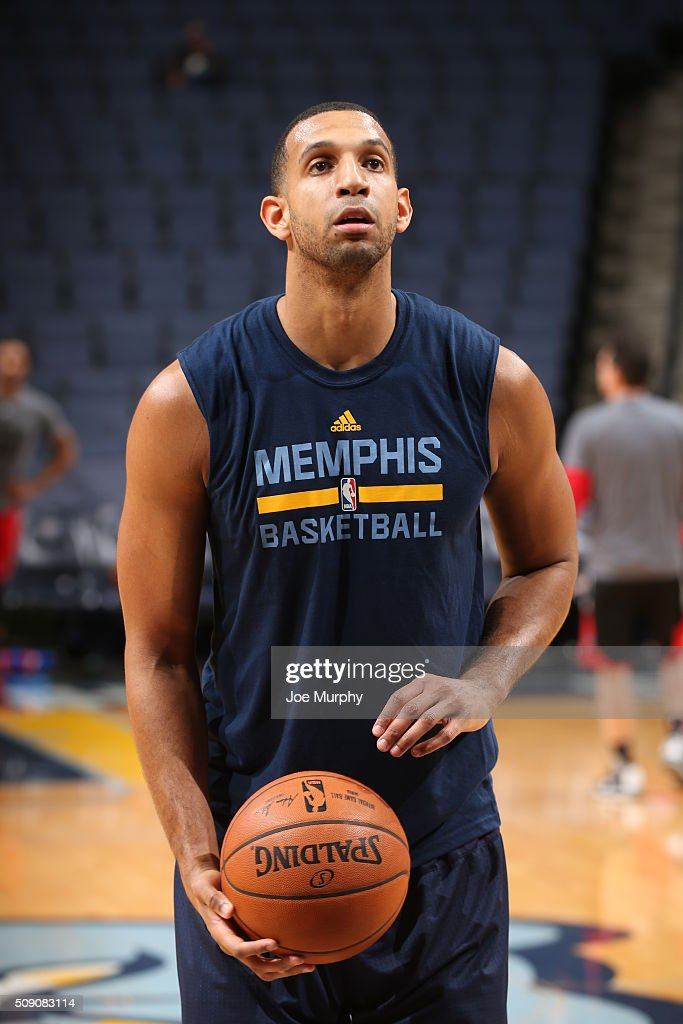 <a gi-track='captionPersonalityLinkClicked' href=/galleries/search?phrase=Brandan+Wright&family=editorial&specificpeople=3847557 ng-click='$event.stopPropagation()'>Brandan Wright</a> #34 of the Memphis Grizzlies warms up before the game against the Portland Trail Blazers on February 8, 2016 at FedExForum in Memphis, Tennessee.