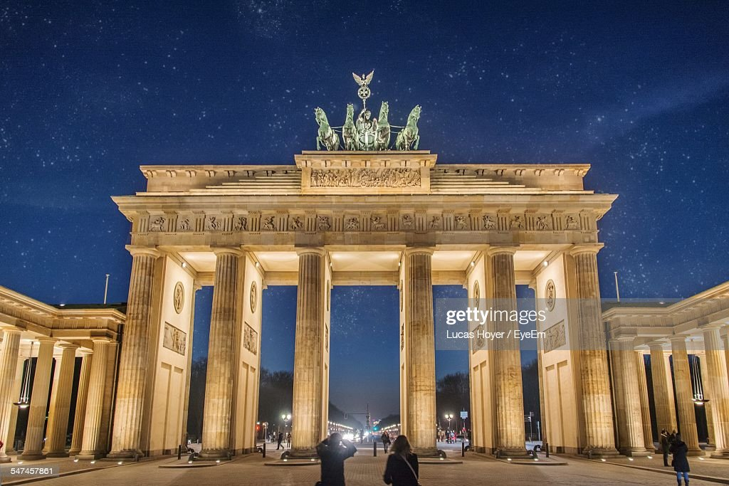brandenburg gate at night - photo #14