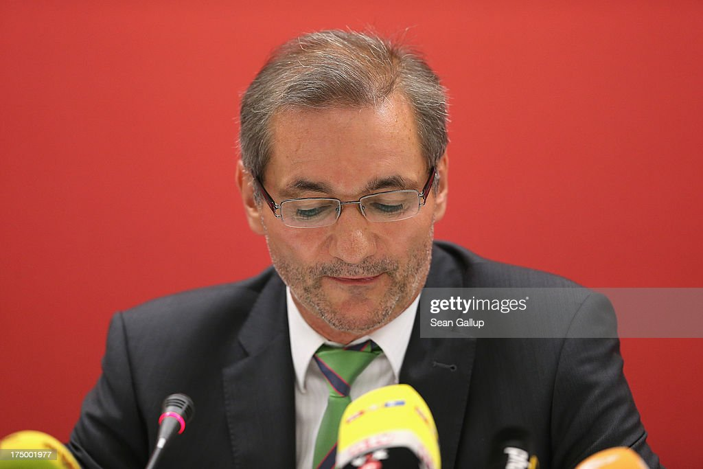 Brandenburg Governor and German Social Democrat (SPD) <a gi-track='captionPersonalityLinkClicked' href=/galleries/search?phrase=Matthias+Platzeck&family=editorial&specificpeople=605525 ng-click='$event.stopPropagation()'>Matthias Platzeck</a> speaks to the media following a meeting of the SPD faction in the Brandenburg state parliament in which Platzeck announced his resignation on July 29, 2013 in Potsdam, Germany. Platzeck announced that he will resign from office due to health reasons and that Brandenburg State Minister of the Interior Dietmar Woidke will succeed him as new governor.
