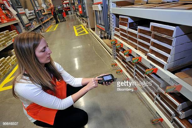 duluth stock photos et images de collection getty images home depot breach settlement checks home depot check stubs