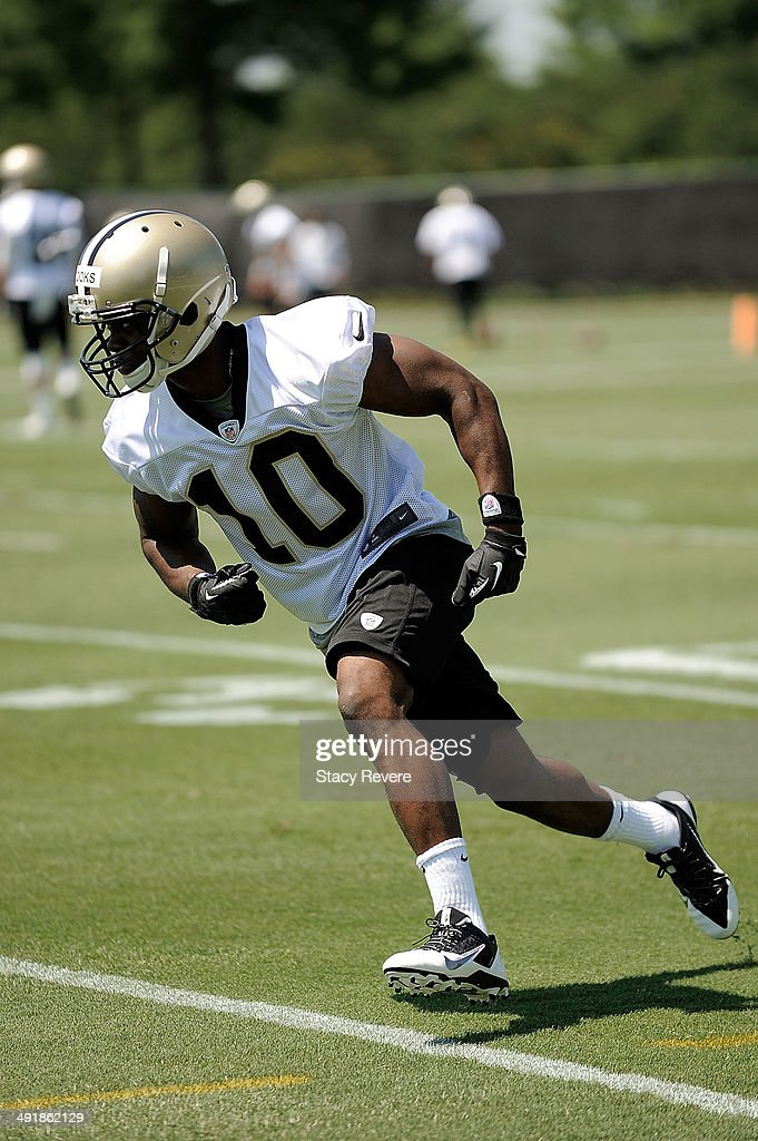 <a gi-track='captionPersonalityLinkClicked' href=/galleries/search?phrase=Brandin+Cooks&family=editorial&specificpeople=8222105 ng-click='$event.stopPropagation()'>Brandin Cooks</a> #10 participates in drills during the New Orleans Saints rookie minicamp at the Saints training facility on May 17, 2014 in Metairie, Louisiana.