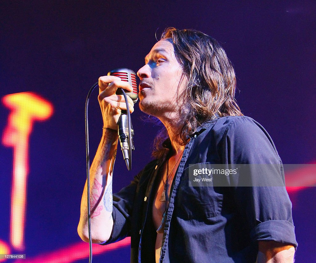 incubus in concert austin tx photos and images getty images