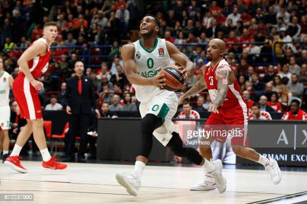 Brandon Davies drives to the basket during a game of Turkish Airlines EuroLeague basketball between AX Armani Exchange Milan vs Zalgiris Kaunas at...