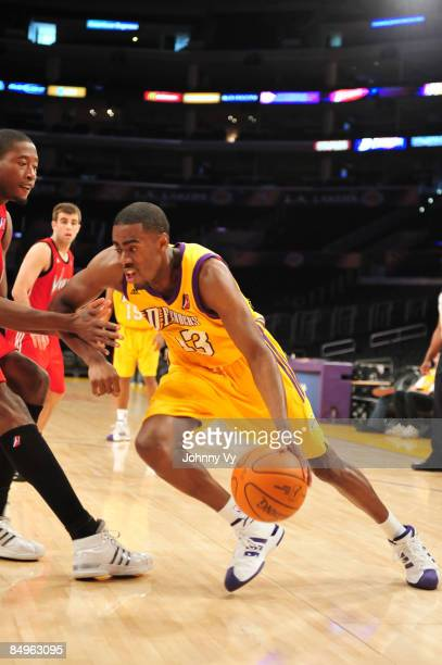 Brandon Heath of the Los Angeles DFenders drives to the basket during a game against the Rio Grande Valley Vipers at Staples Center on February 20...