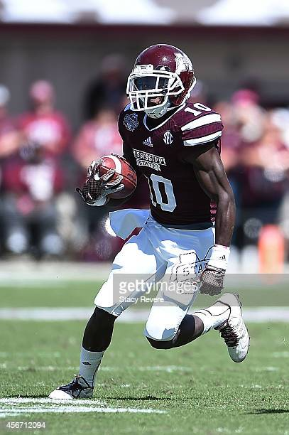 Brandon Holloway of the Mississippi State Bulldogs runs for yards during the second quarter of a game against the Texas AM Aggies at Davis Wade...