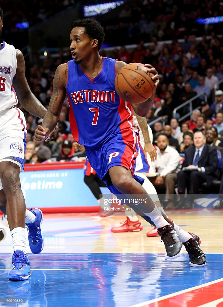 <a gi-track='captionPersonalityLinkClicked' href=/galleries/search?phrase=Brandon+Jennings+-+Basket&family=editorial&specificpeople=6022589 ng-click='$event.stopPropagation()'>Brandon Jennings</a> #7 of the Detroit Pistons drives against the Los Angeles Clippers at Staples Center on December 15, 2014 in Los Angeles, California.