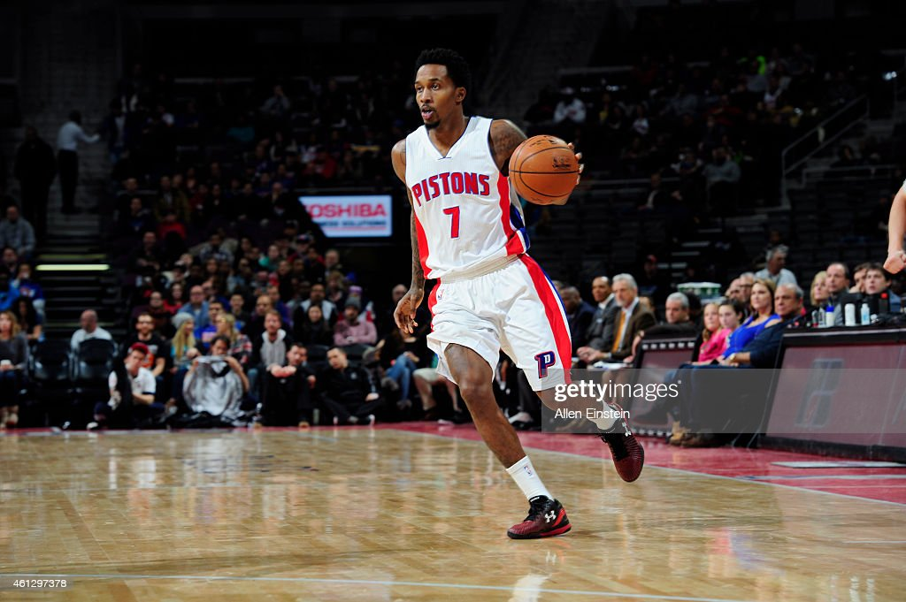 <a gi-track='captionPersonalityLinkClicked' href=/galleries/search?phrase=Brandon+Jennings+-+Basket&family=editorial&specificpeople=6022589 ng-click='$event.stopPropagation()'>Brandon Jennings</a> #7 of the Detroit Pistons drives to the basket against the Brooklyn Nets during the game on January 10, 2015 at The Palace of Auburn Hills in Detroit, Michigan.