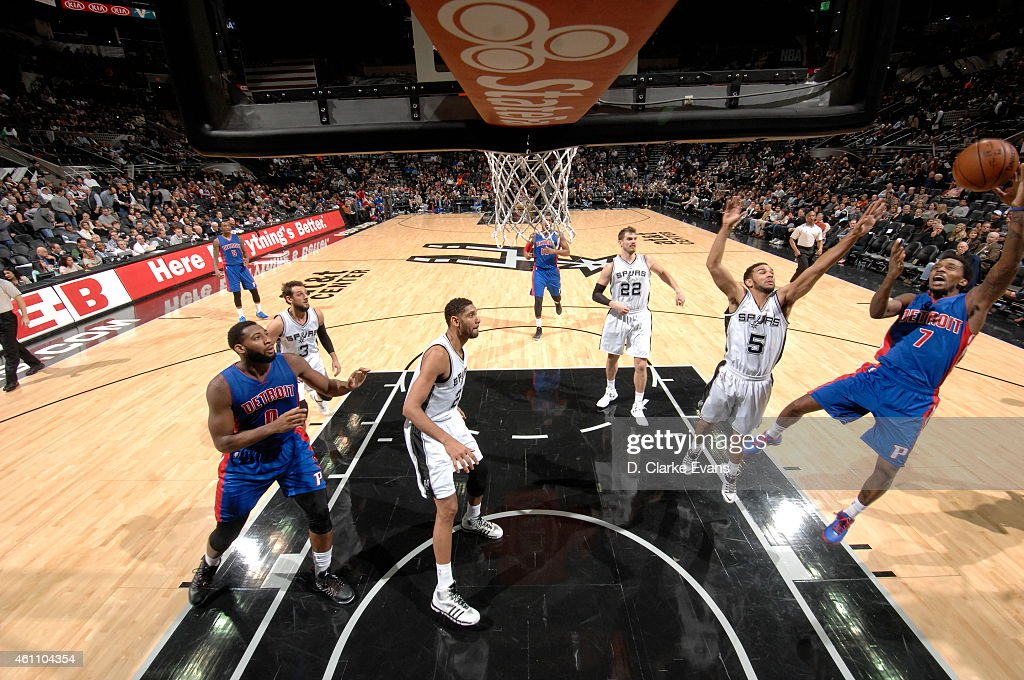 Brandon Jennings of the Detroit Pistons shoots the ball against the San Antonio Spurs at the ATT Center on January 6 2015 in San Antonio Texas NOTE...