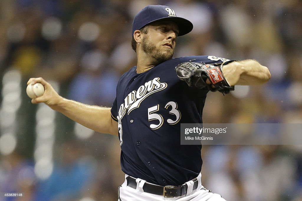 Brandon Kintzler #53 of the Milwaukee Brewers pitches in the top of the ninth inning against the Toronto Blue Jays during the Interleague game at Miller Park on August 19, 2014 in Milwaukee, Wisconsin.