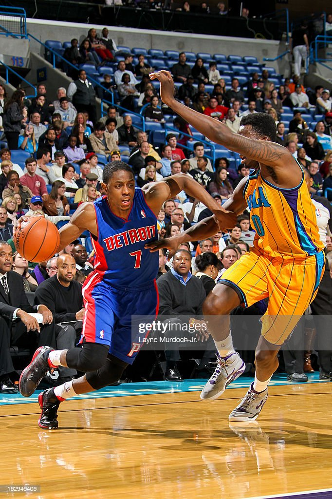Brandon Knight #7 of the Detroit Pistons drives against Al-Farouq Aminu #0 of the New Orleans Hornets on March 1, 2013 at the New Orleans Arena in New Orleans, Louisiana.