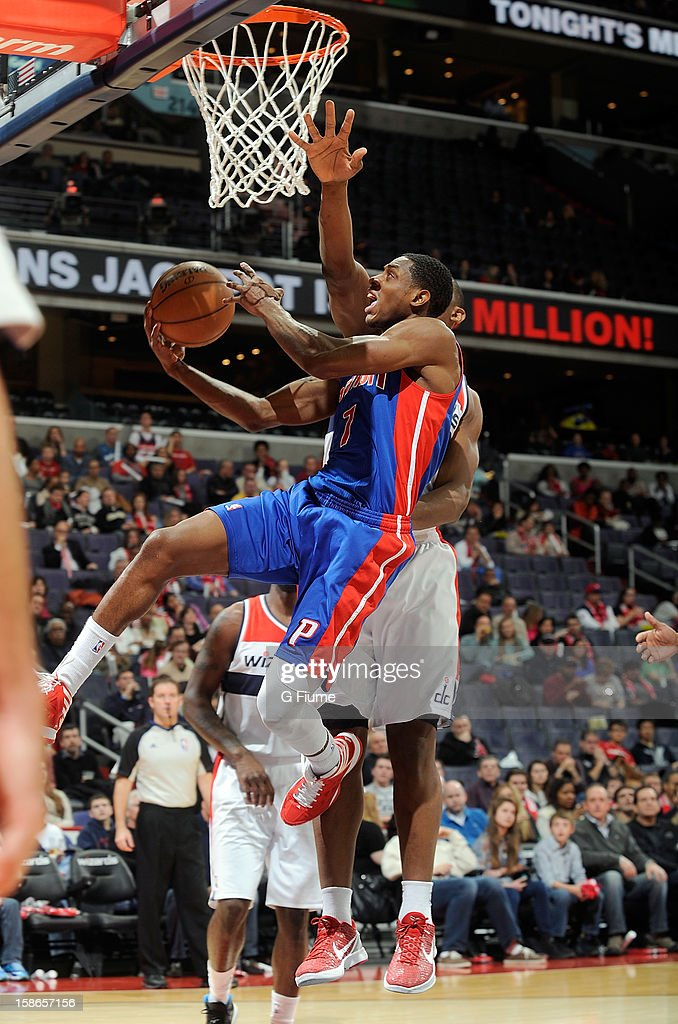 Brandon Knight #7 of the Detroit Pistons drives to the hoop against the Washington Wizards at the Verizon Center on December 22, 2012 in Washington, DC.