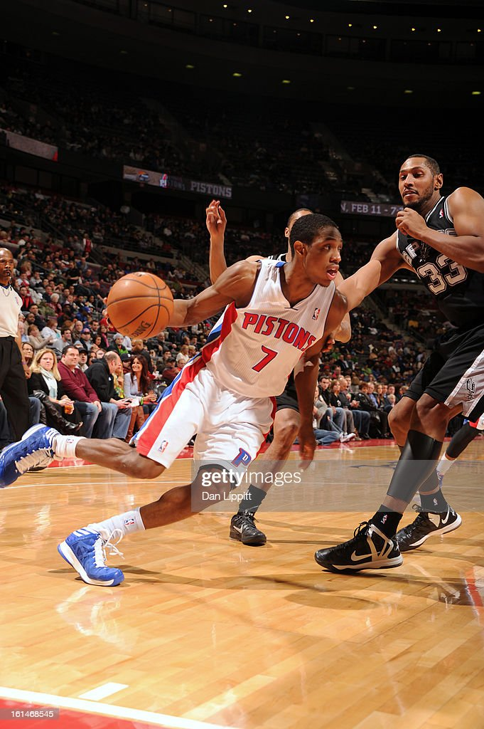 Brandon Knight #7 of the Detroit Pistons handles the ball against <a gi-track='captionPersonalityLinkClicked' href=/galleries/search?phrase=Boris+Diaw&family=editorial&specificpeople=201505 ng-click='$event.stopPropagation()'>Boris Diaw</a> #33 of the San Antonio Spurs on February 8, 2013 at The Palace of Auburn Hills in Auburn Hills, Michigan.