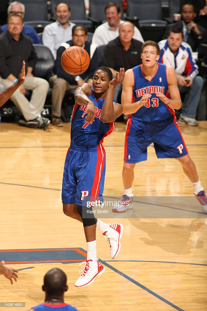 Brandon Knight #7 of the Detroit Pistons passes against the Charlotte Bobcats at the Time Warner Cable Arena on April 12, 2012 in Charlotte, North Carolina.