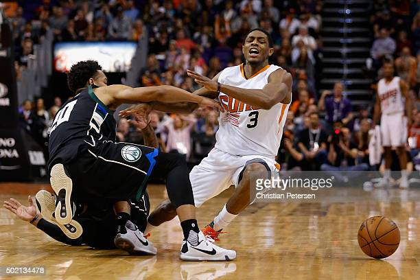 Brandon Knight of the Phoenix Suns collides with Rashad Vaughn of the Milwaukee Bucks during the second half of the NBA game at Talking Stick Resort...