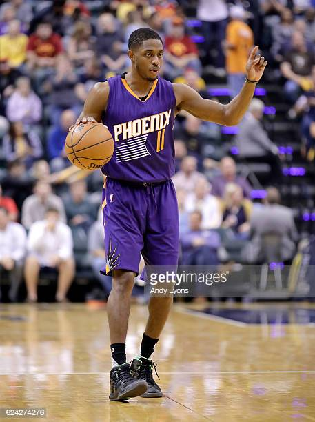 Brandon Knight of the Phoenix Suns dribbles the ball during the game against the Indiana Pacers at Bankers Life Fieldhouse on November 18 2016 in...