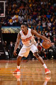 Brandon Knight of the Phoenix Suns handles the ball against the Los Angeles Lakers on November 16 2015 at Talking Stick Resort Arena in Phoenix...